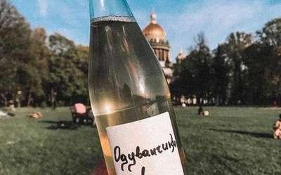 «Одуванчики в бутылке» в ресторанах Крылова и Прокофьева