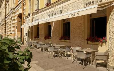Летняя терраса ресторана Grain