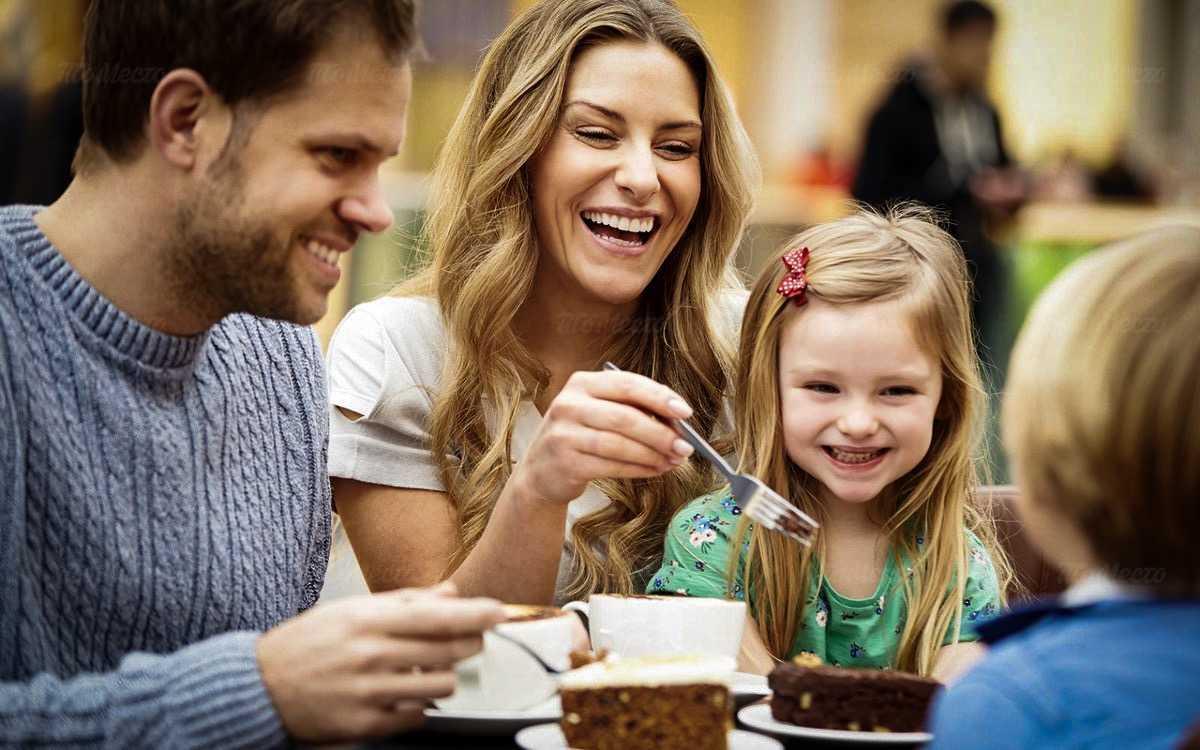 Семейный день: скидка 15% на всё меню для гостей с детьми