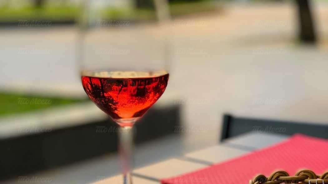 Бокал виноградного в подарок в Semplice