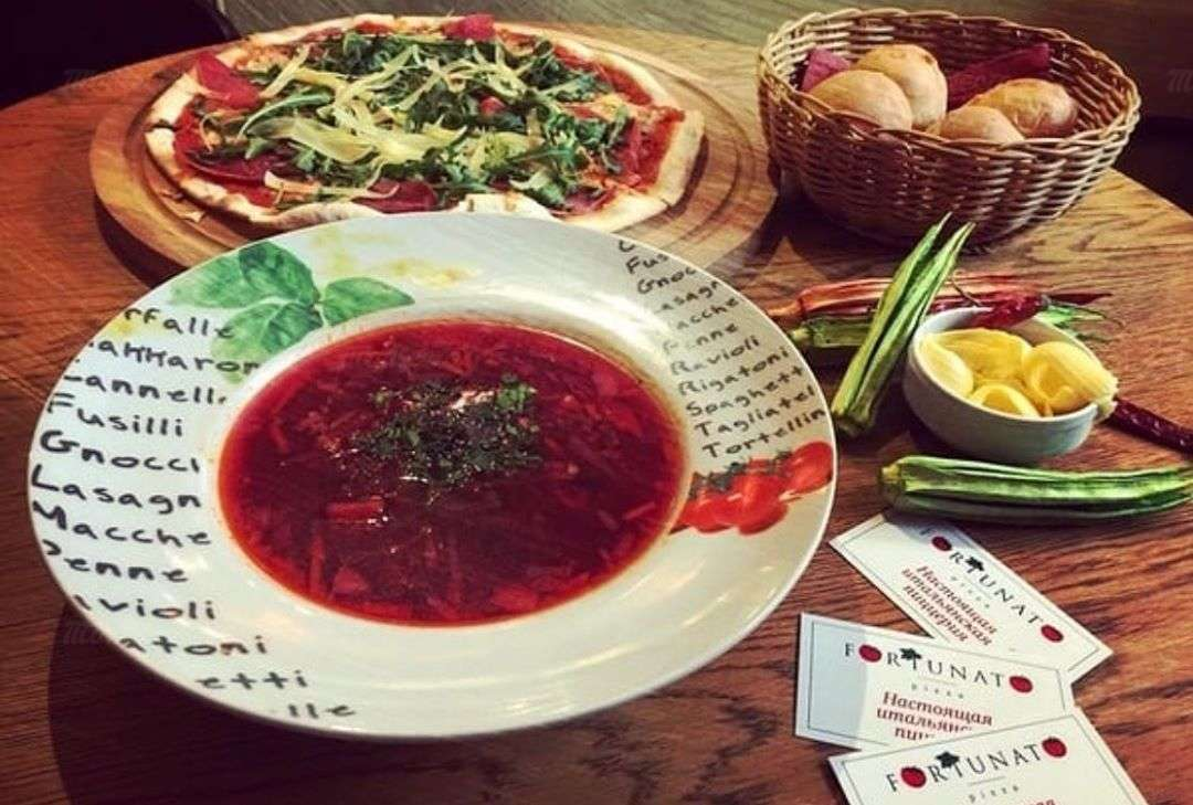 Собери свой обед: бизнес-ланчи от 300 рублей