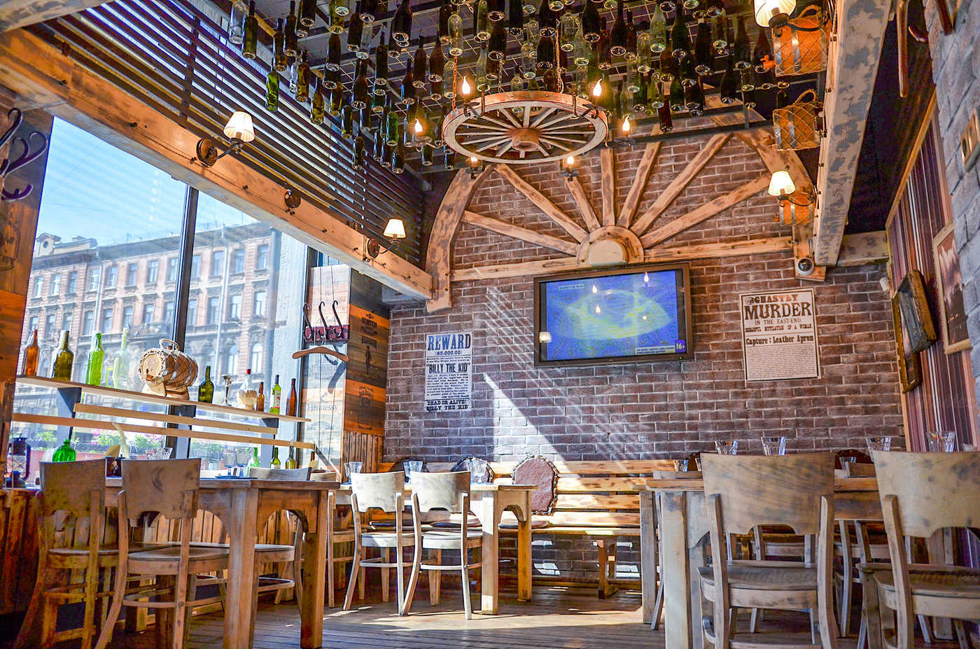 Ресторан Монтана (Montana saloon) на Кирочной улице фото 14