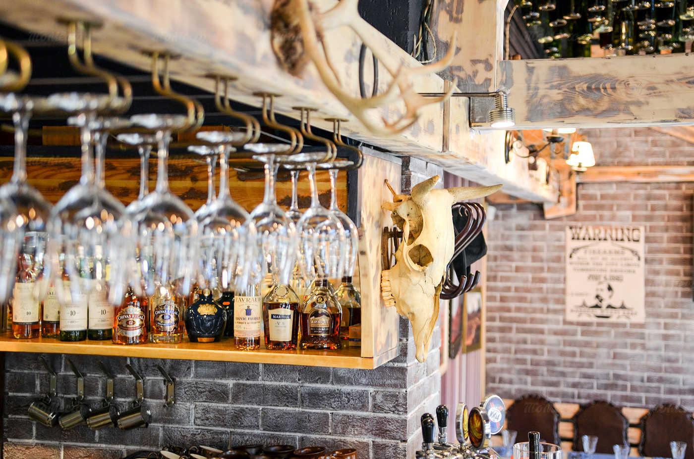 Ресторан Монтана (Montana saloon) на Кирочной улице фото 16