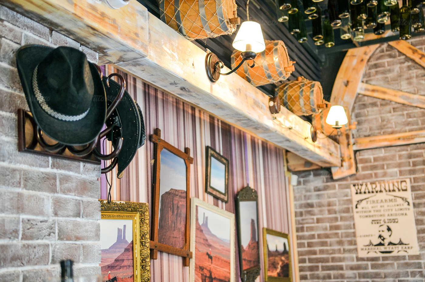 Ресторан Монтана (Montana saloon) на Кирочной улице фото 4