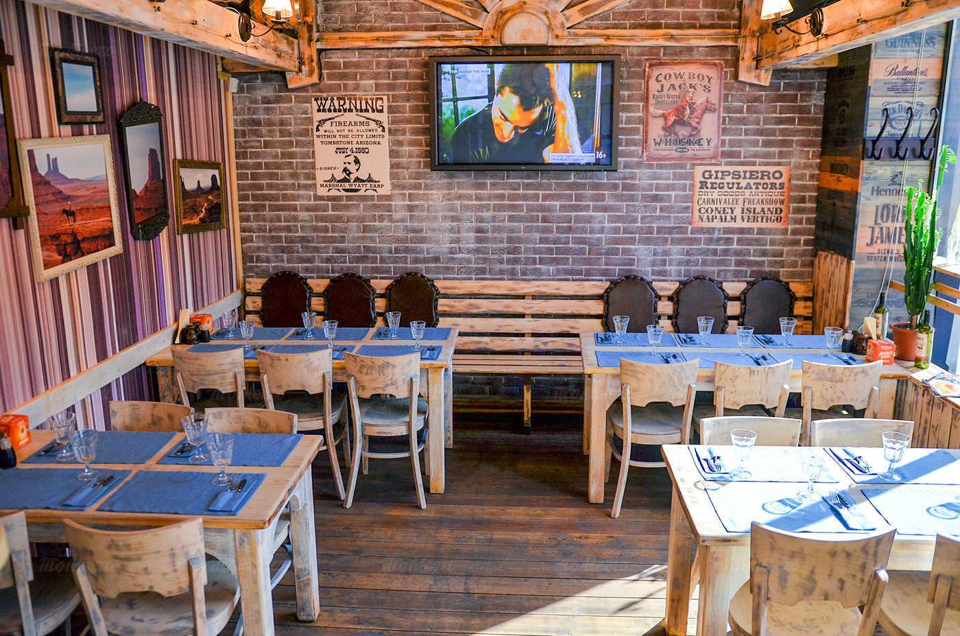 Ресторан Монтана (Montana saloon) на Кирочной улице фото 11