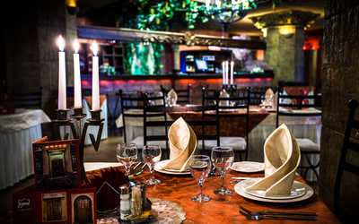 Банкетный зал ресторана Амроц на Невском проспекте