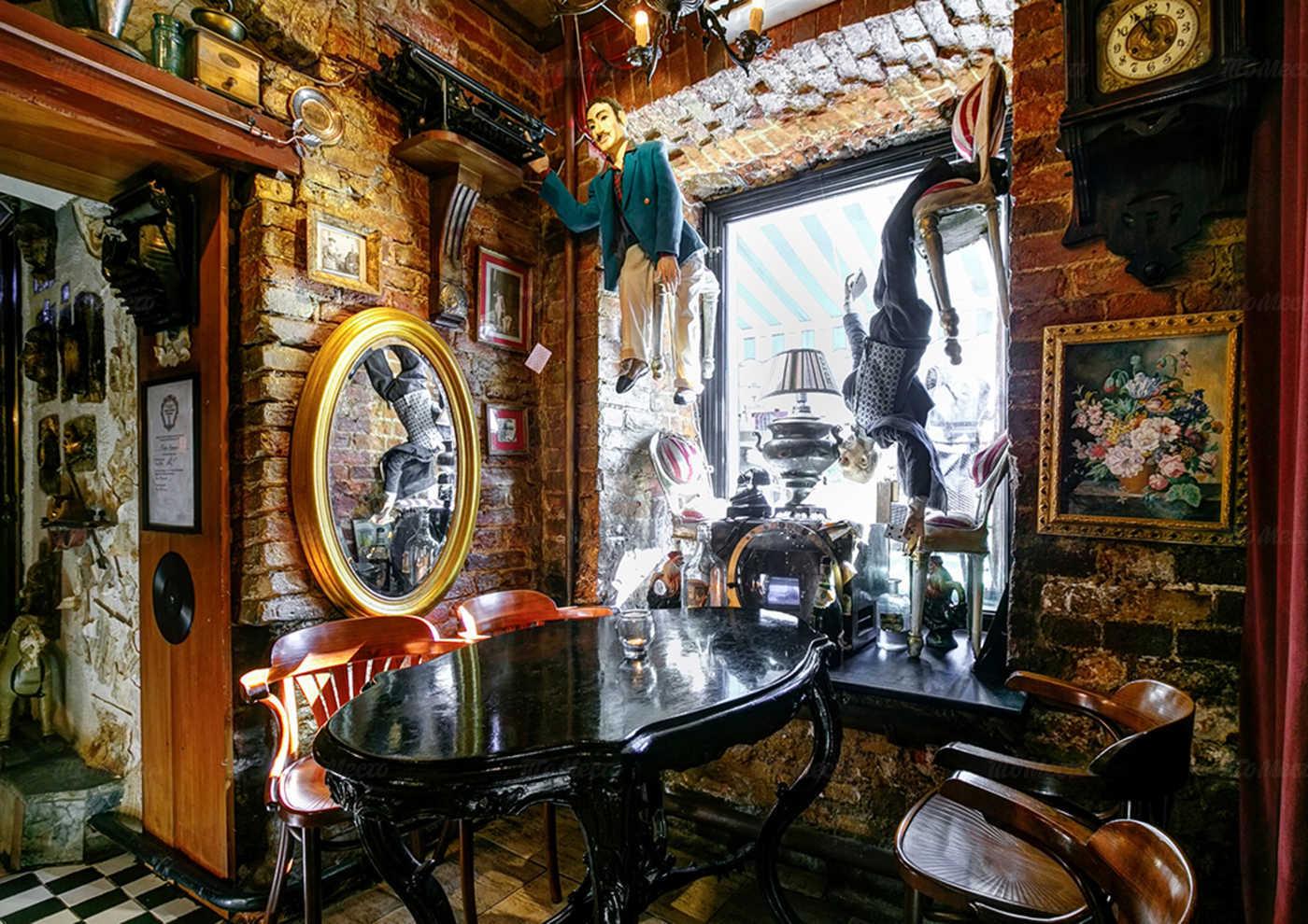 Кафе Сундук на Фурштатской улице
