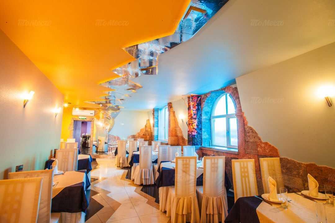 Ресторан Амроц на Передовиков на улице Передовиков фото 21