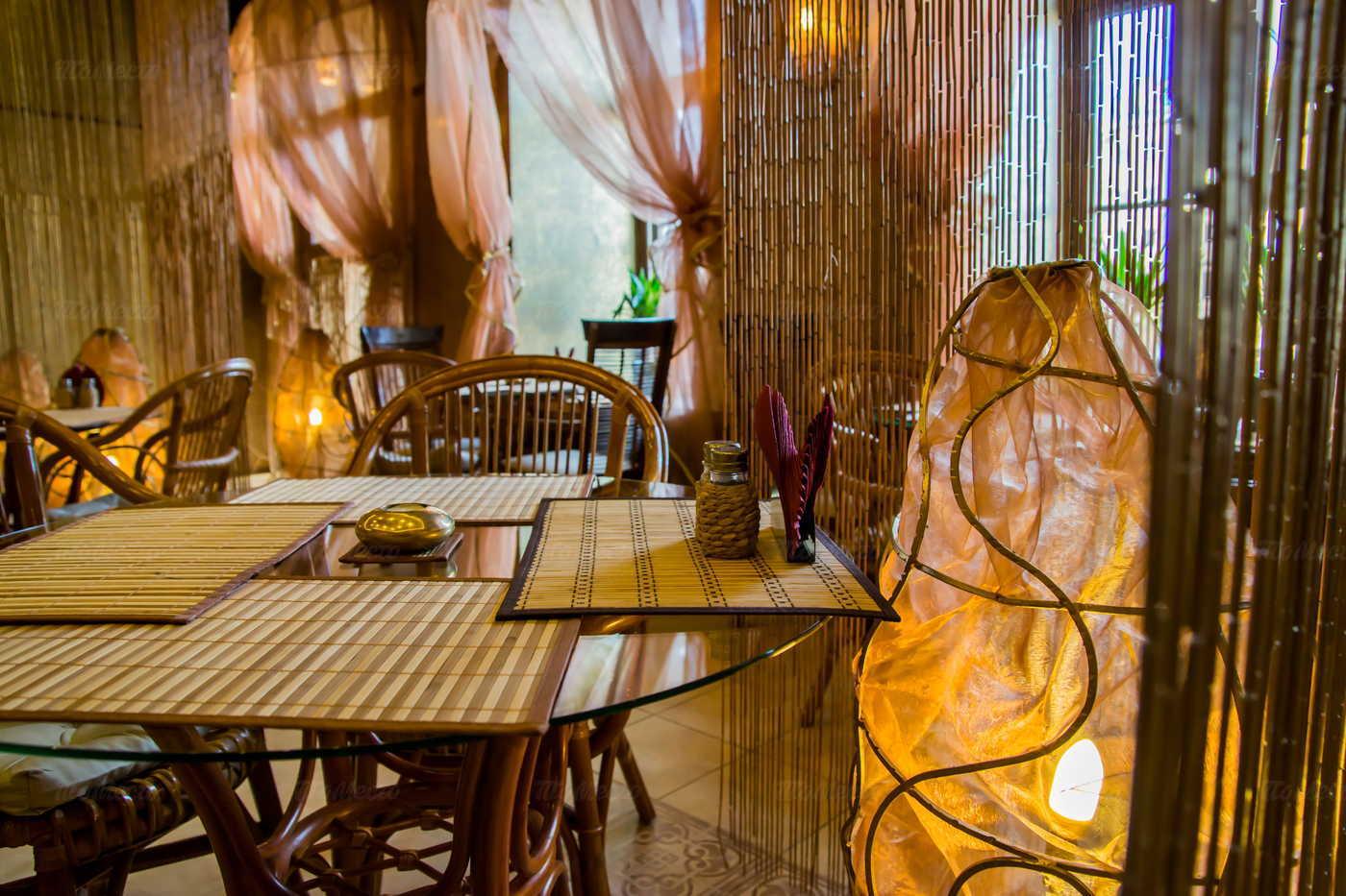 Кафе Рубаи на набережной реки Фонтанки фото 1