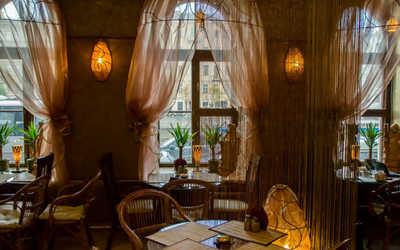 Банкетный зал кафе Рубаи на набережной реки Фонтанки фото 2
