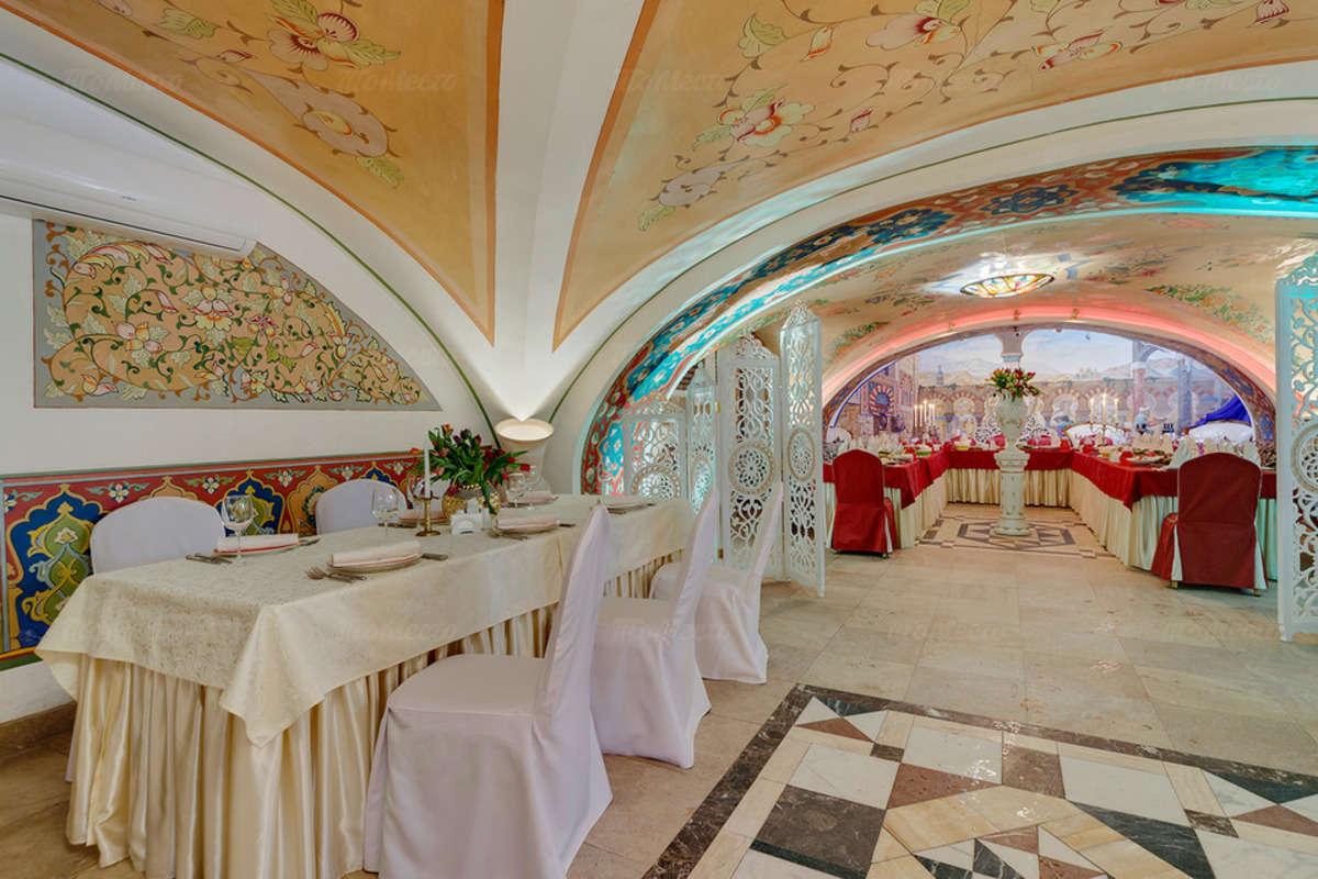 Ресторан 1001 ночь на Миллионной улице фото 3