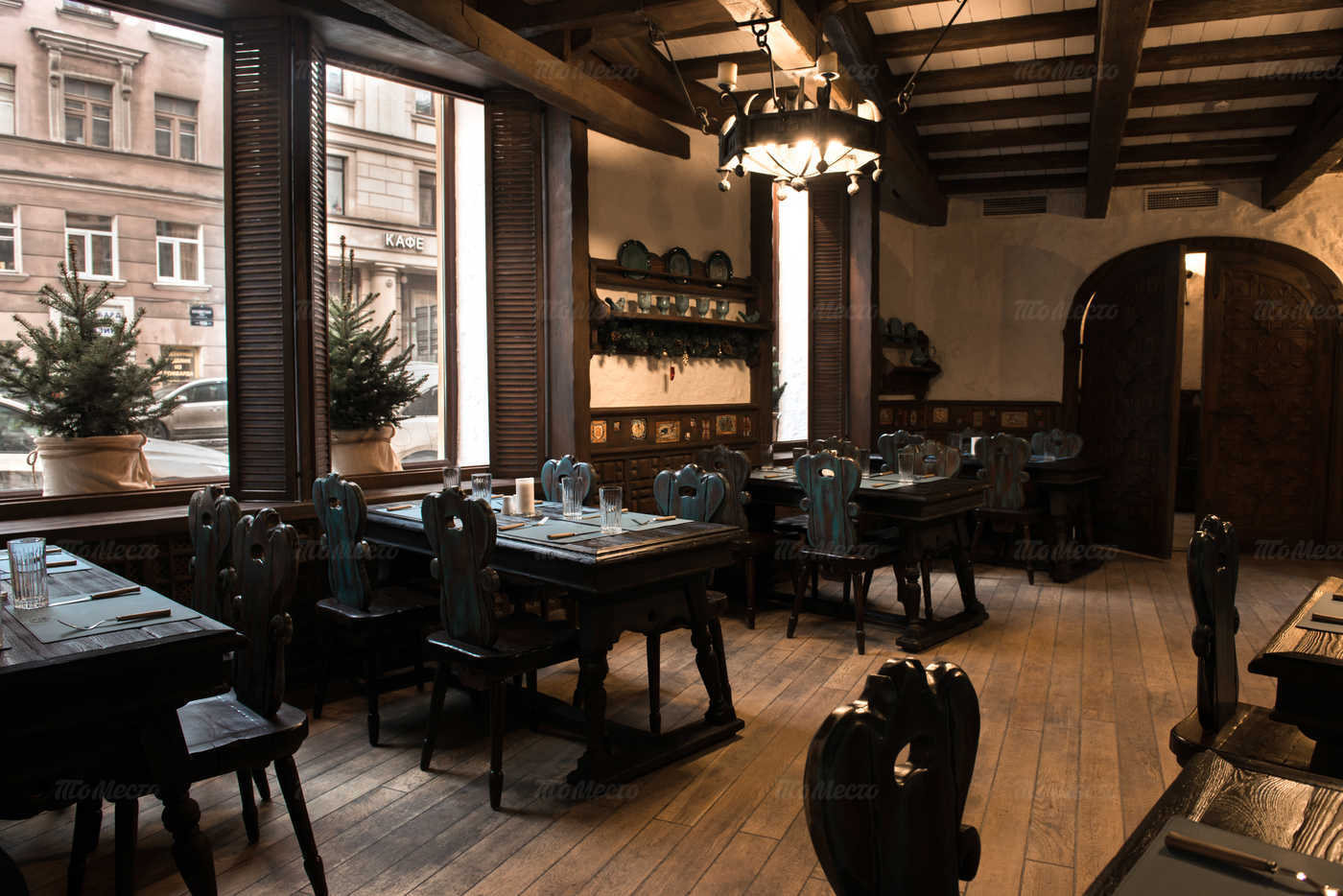 Ресторан Мадридский двор на Суворовском проспекте фото 10