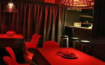 Банкетный зал ресторана, стейк-хауса Коровабар (Korovabar) на Караванной улице фото 3