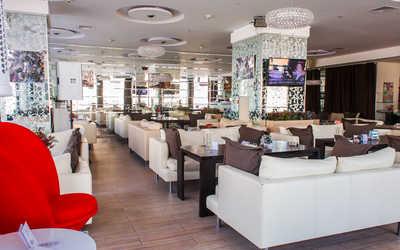 Банкетный зал бара, ресторана Sasha's RestoBar на улице Марата