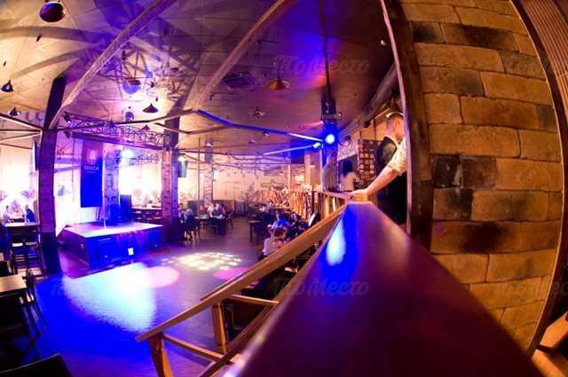 Паб, пивной ресторан Пивная башня на проспекте Ветеранов фото 2