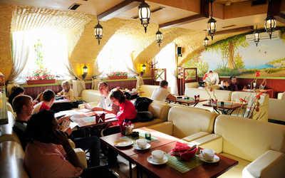 Банкетный зал ресторана Viva la vita (Вива Ла Вита) на набережной реки Фонтанки фото 1