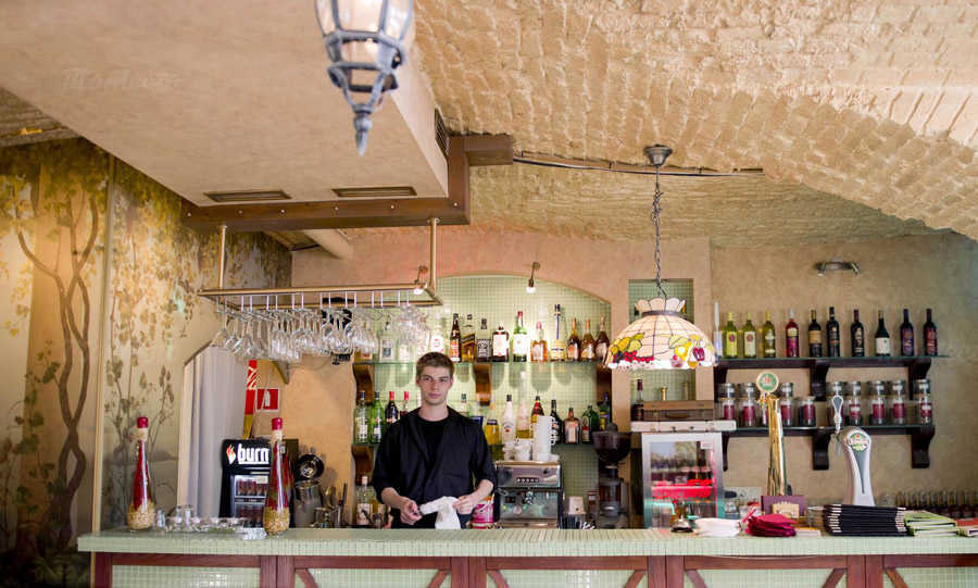 Ресторан Viva la vita (Вива Ла Вита) на набережной реки Фонтанки фото 4
