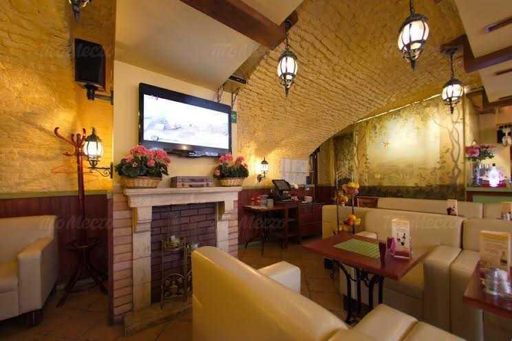 Ресторан Viva la vita (Вива Ла Вита) на набережной реки Фонтанки фото 2