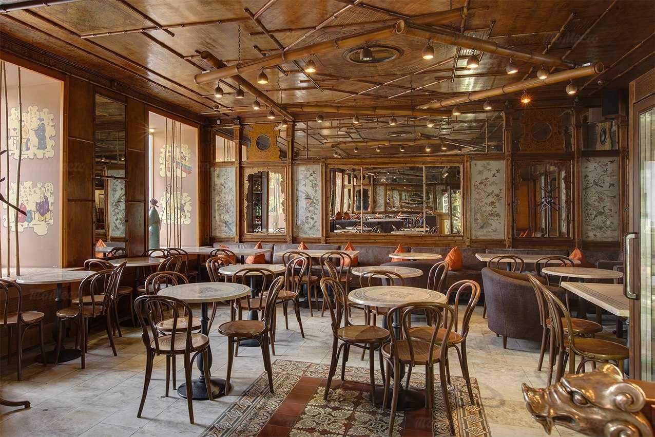 Ресторан Абрикосов на Невском проспекте