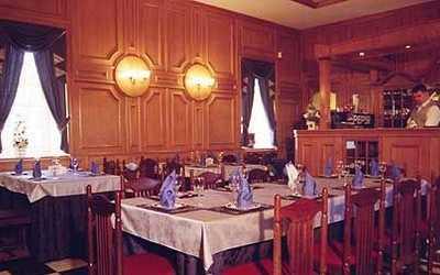 Банкетный зал ресторана Алекс Хаус (Alex House) на Санкт-Петербургском проспекте фото 2