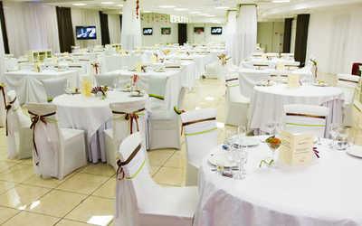 Банкетный зал караоке клуба, ресторана Амарена (Amarena) на Гаккелевской улице