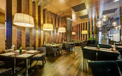 Банкетный зал кафе, ресторана Апрель café на улице Савушкиной