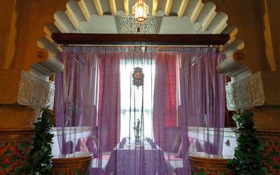 Банкетный зал ресторана Эмираты (быв. Арияф) на проспекте Стачек фото 1