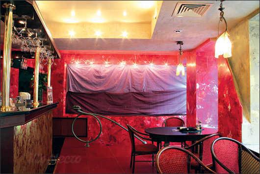 Кафе, ночной клуб Дали кафе (Dali Cafe) в Спасском переулке фото 3