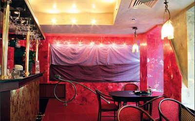 Банкетный зал кафе, ночного клуба Дали кафе (Dali Cafe) в Спасском переулке фото 3