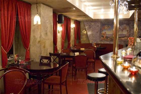 Кафе, ночной клуб Дали кафе (Dali Cafe) в Спасском переулке фото 7