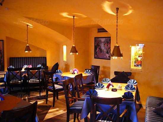 Кафе, ресторан Багатель (Bagatelle) на Большой Конюшенной улице фото 3