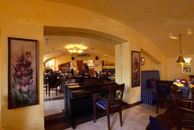 Кафе, ресторан Багатель (Bagatelle) на Большой Конюшенной улице фото 2