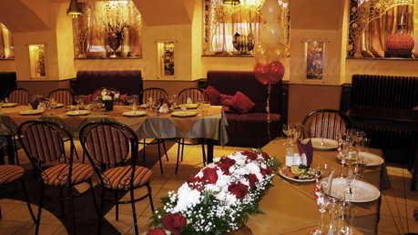 Кафе, ресторан Багатель (Bagatelle) на Большой Конюшенной улице