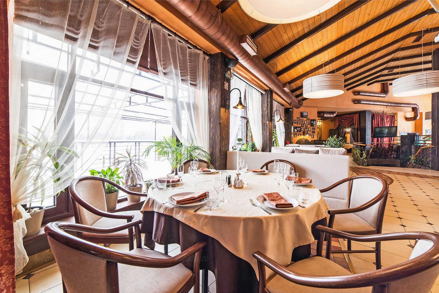 Ресторан Баден-Баден (Baden Baden) на проспекте Просвещения фото 13