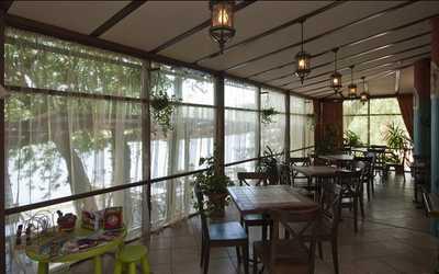 Банкетный зал ресторана Барон Мюнхгаузен в набережной Мартыновой фото 2
