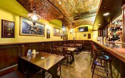 Банкетный зал пивного ресторана KwakInn на Большом проспекте Васильевского острова фото 3