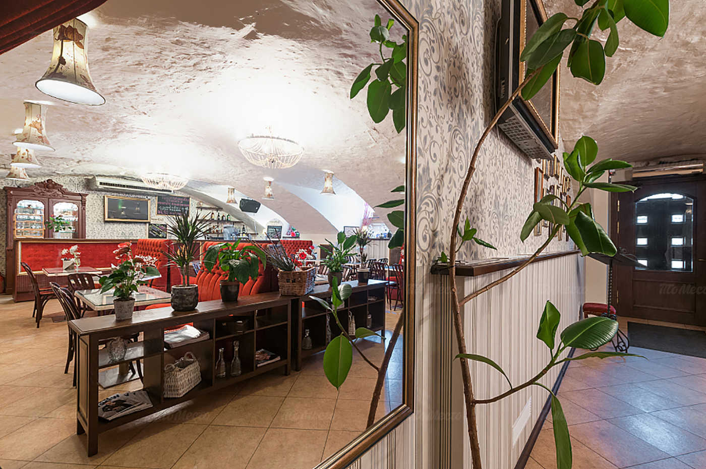 Кафе Распутин на набережной реки Мойки фото 3