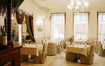 Банкетный зал бара, кафе, ресторана Кабанчик на Кирочной улице