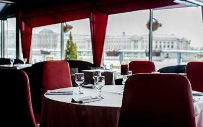 Банкетный зал ресторана DoZari на проспекте Добролюбова фото 3