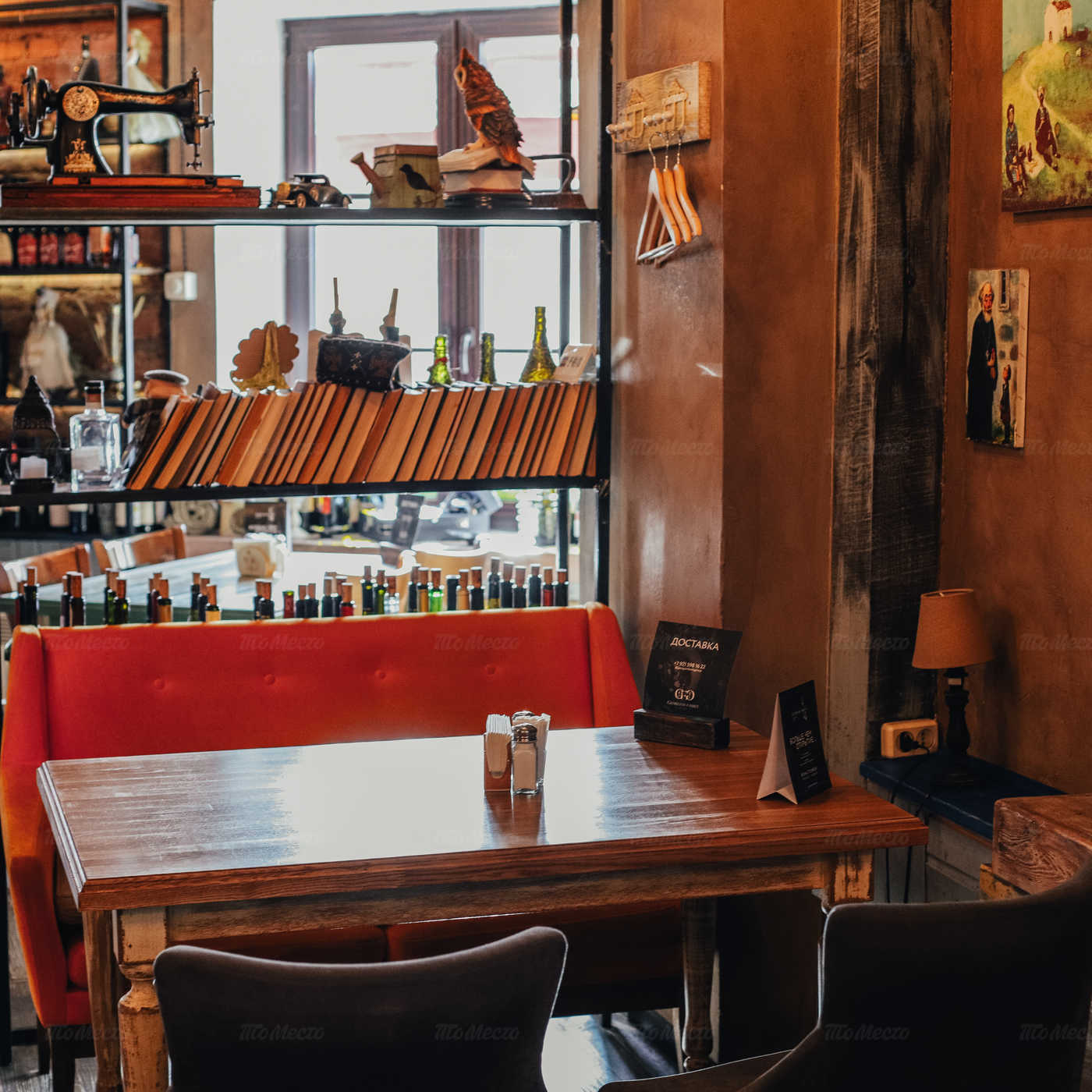 Ресторан Руставели на набережной реки Мойки фото 3