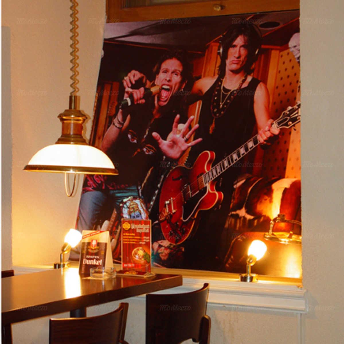 Паб Рок паб (Rock Pub) на Невском проспекте фото 3