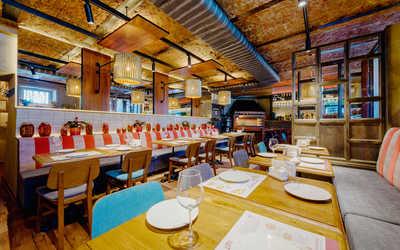 Банкетный зал кафе Сулико на Каменноостровском проспекте фото 3