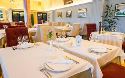 Банкетный зал ресторана Porto Maltese на Большом проспекте Васильевского острова фото 3