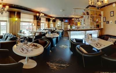 Банкетный зал ночного клуба, ресторана Веселый барин в набережной канале Грибоедовой