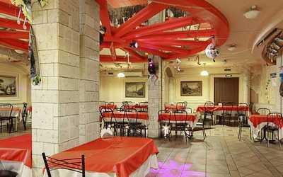 Банкетный зал кафе, ресторана Красное колесо в 2-м Муринском пр-кт фото 2
