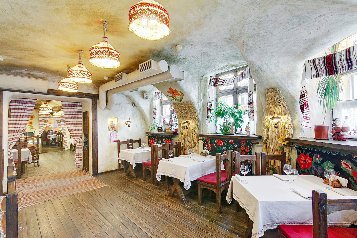 Ресторан Корчма Сало на Литейном проспекте