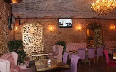 Банкетный зал кафе Basil на улице Ломоносова фото 3