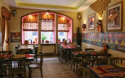 Банкетный зал ресторана Трес Амигос (Tres Amigos) на улице Рубинштейна фото 1