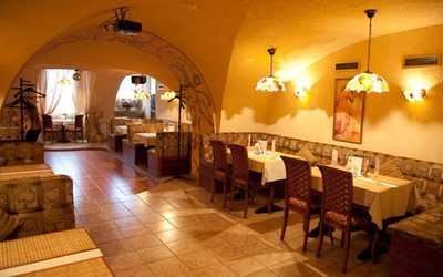 Банкетный зал кафе Грот на набережной реки Фонтанки фото 3