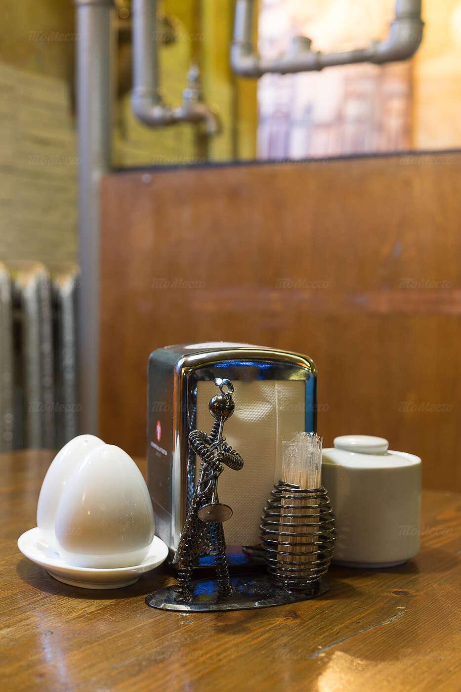 Кафе Заводные яйца на Фурштатской улице фото 10